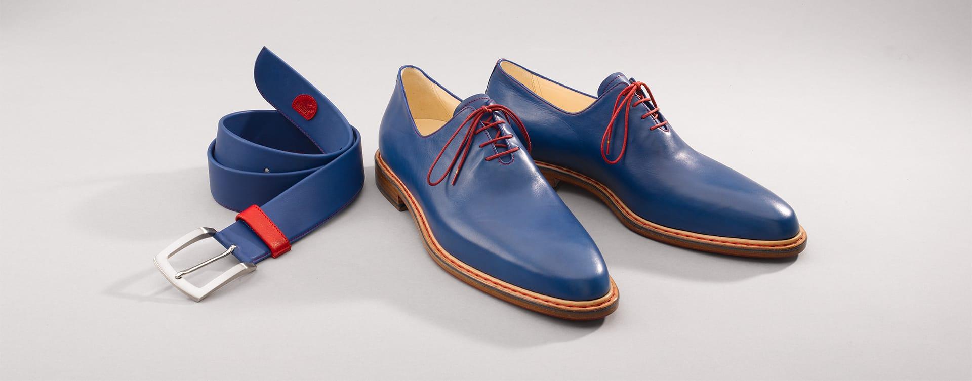 Für unser Familienunternehmen hat die Marke Vitallo eine ganz besondere Bedeutung. Für uns ist sie der Inbegriff der Leidenschaft und der Perfektion, mit der in unserer Manufaktur seit Generationen Schuhe gefertigt werden.