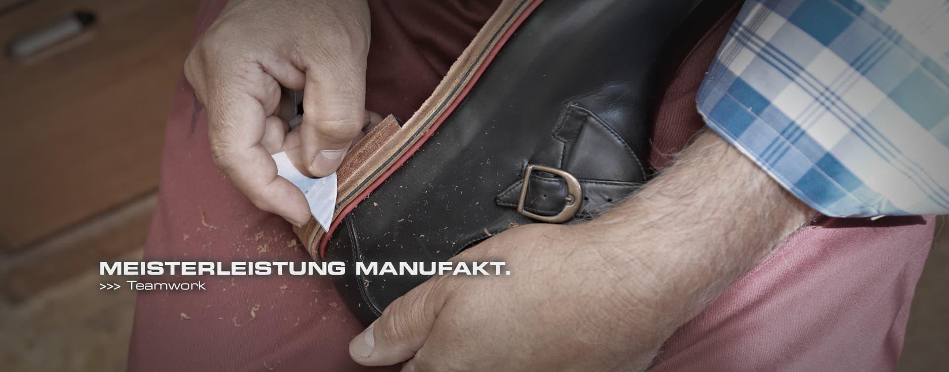 """Das Meisterwerk """"Hackner-Schuh"""" ist summa summarum eine Gemeinschaftsleistung. Unzählige Arbeitschritte und Handgriffe müssen in perfekter Art und Weise und in entsprechender Reihenfolge erfolgen. Ohne unsere hoch qualifizierten und erfahrenen Mitarbeiter wäre ein VitalloFlex oder Runnertune in seiner erstklassigen Verarbeitung nicht möglich. Es bedarf jahrelanger Erfahrung und großem Können, einen Schuh in einer solch hohen Qualität herzustellen."""