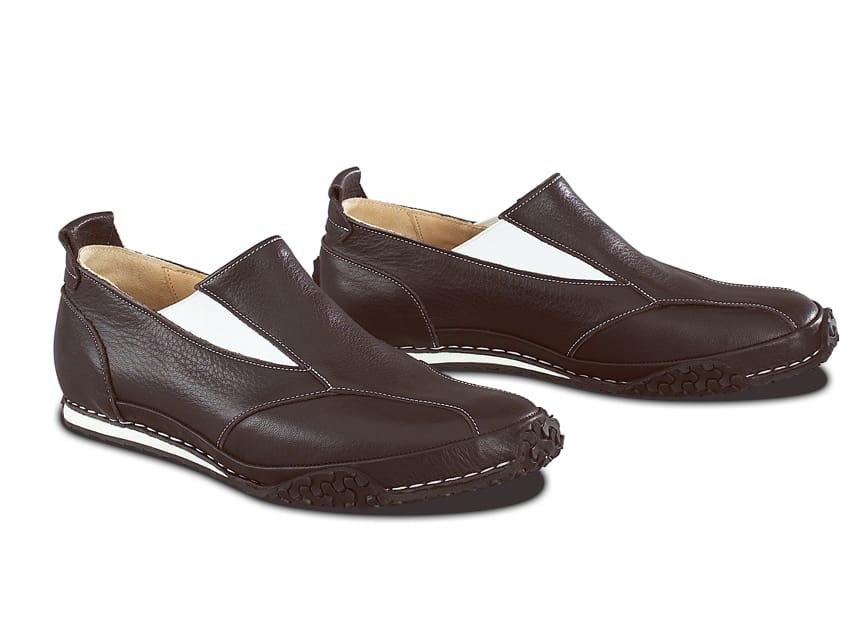 Funktional und zierend zugleich sind die beiden Elastic-Elemente innen und außen an der Schuhfront. Sie sind verantwortlich für die klare Designsprache und bieten festen Halt im Schuh.